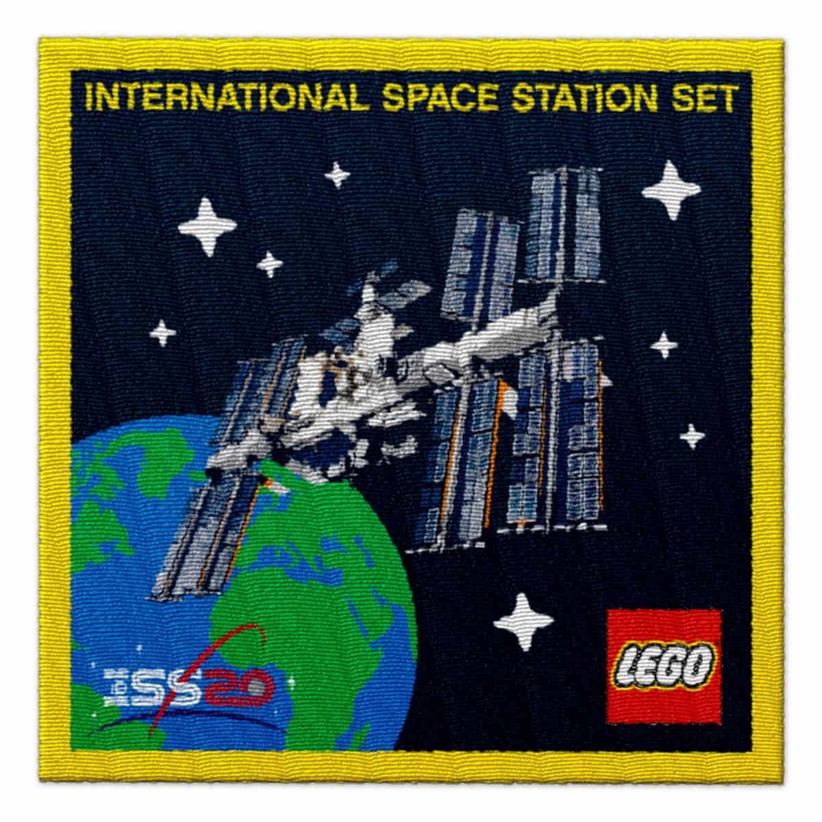 lego 5006148 stemma dedicato allo spazio scaled