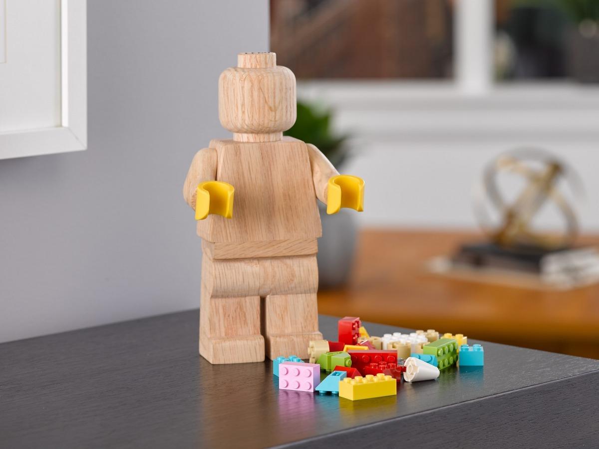 minifigure di legno lego 853967 scaled